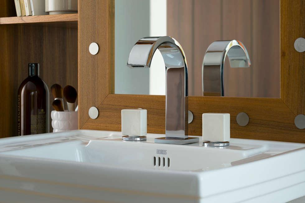 Mélangeur lavabo 3 trous Sucre: Salle de bains de style  par HORUS