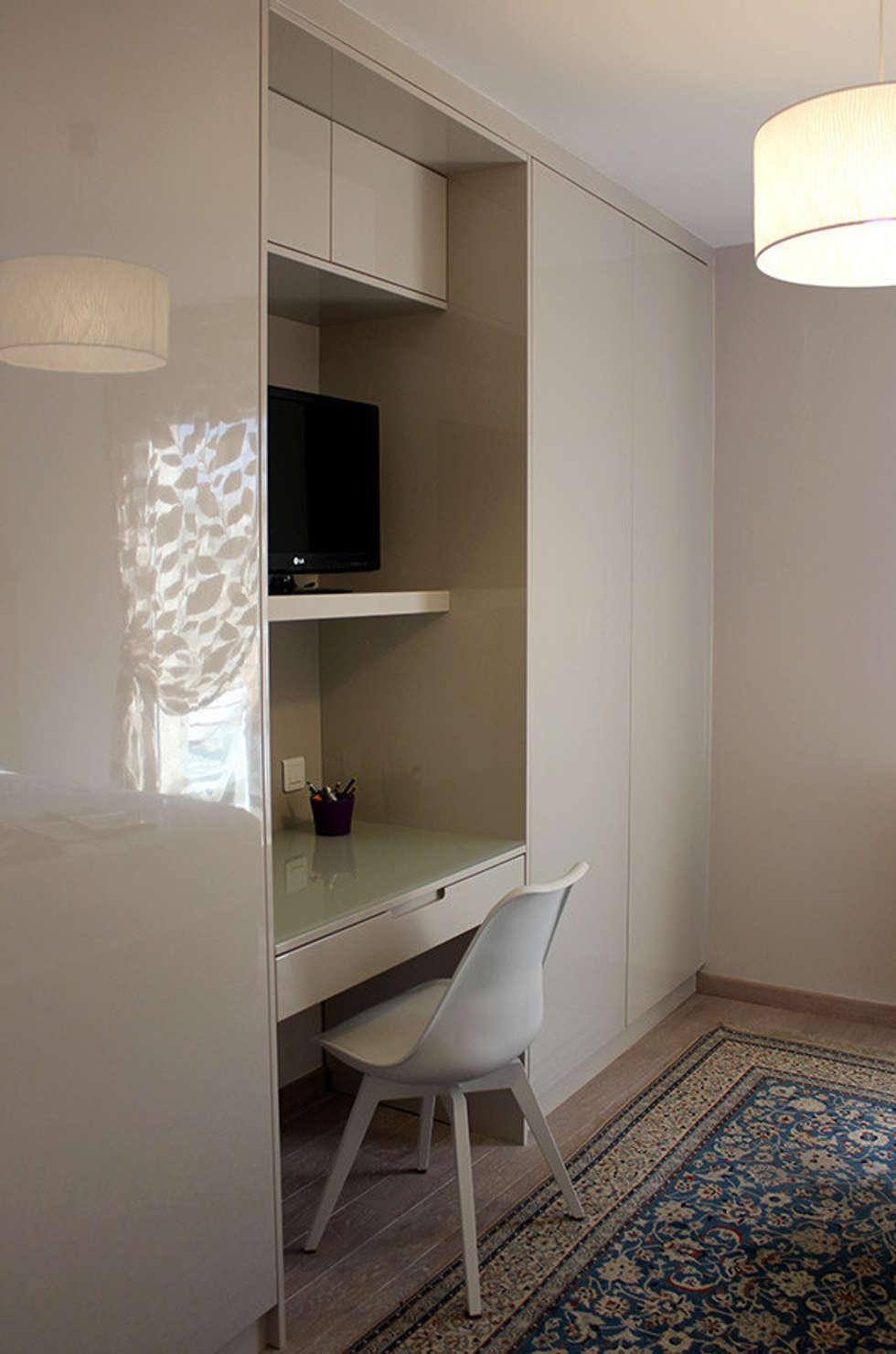SUIT PARENTAL chambre + salle de bain: Chambre de style de style Moderne par monicacordova