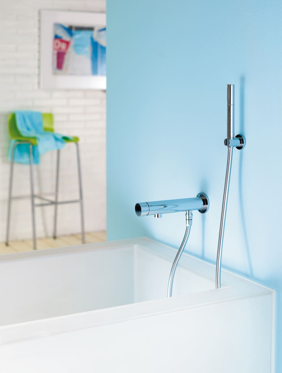 Thermostat Wannenfüll und Brausebatterie Stick: Salle de bains de style  par HORUS