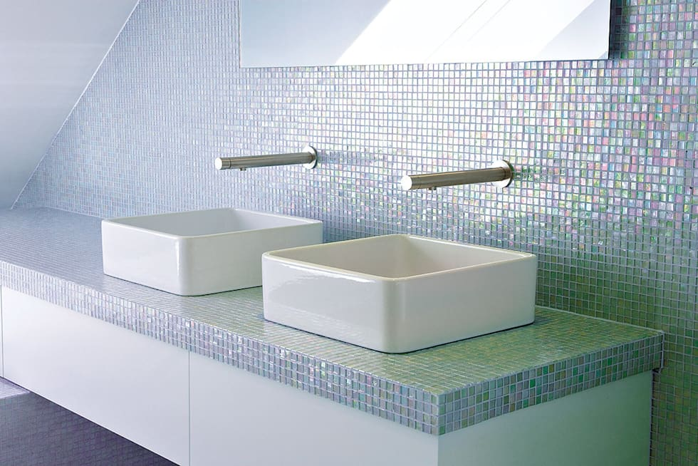 Mono Knopf Mauereinbauhahn Stick: Salle de bains de style  par HORUS