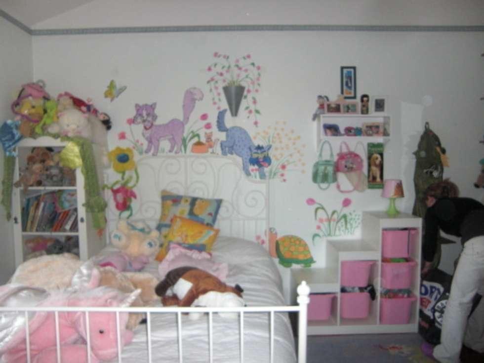 la stanza dei sogni: Camera da letto in stile in stile Moderno di pazza d'arte