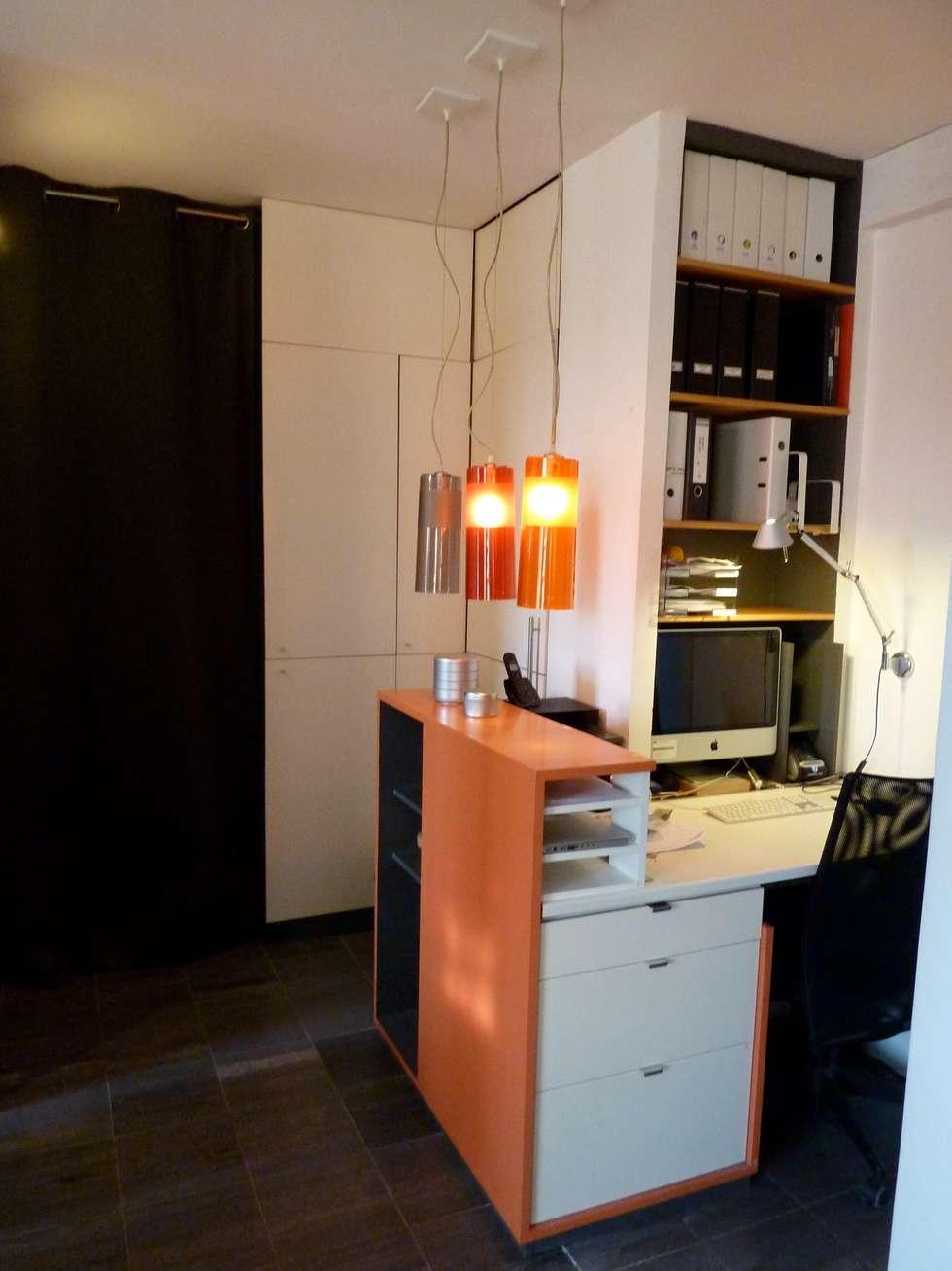 Entrée / Bureau: Couloir et hall d'entrée de style  par Franck VADOT Architecture