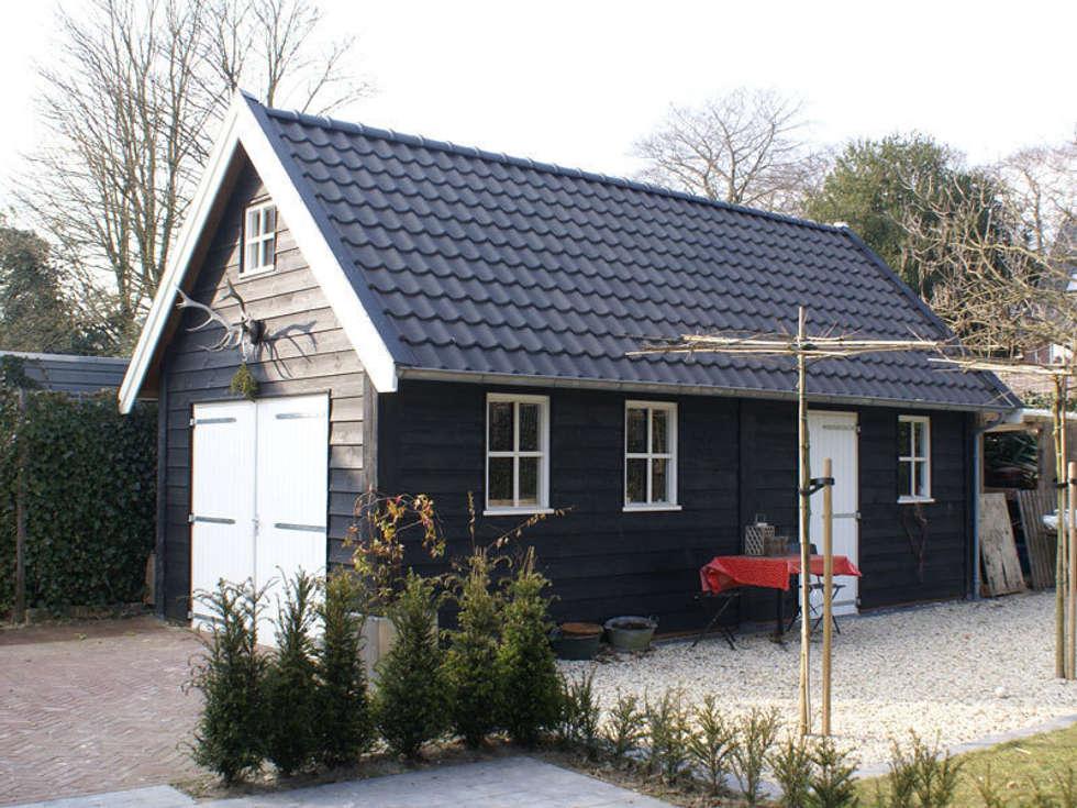 Trendy great houten garages landelijke door geldersche for Wat kost het schilderen van een huis