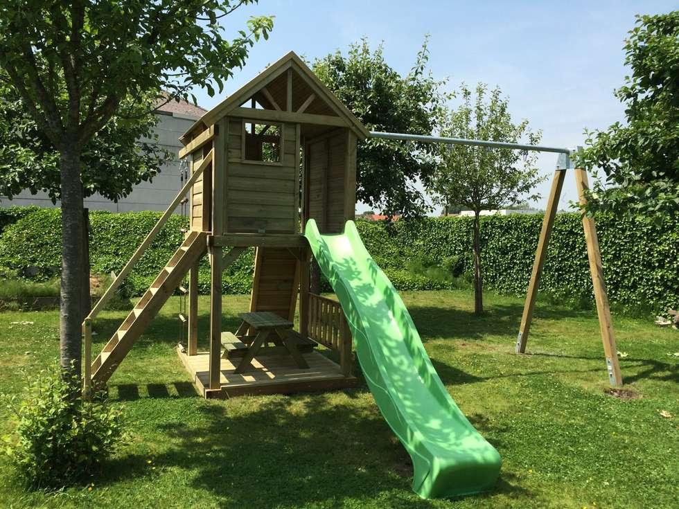 Luxeloft met metalen aanbouw schommel: landelijke Tuin door Dierkens H&E