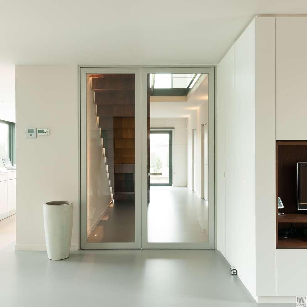 https://images.homify.com/c_fill,f_auto,q_auto:eco,w_980/v1441133628/p/photo/image/732378/design-glazen-deuren.jpg