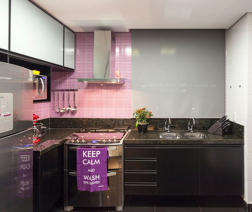 Cocinas de estilo moderno por Amis Arquitetura & Design
