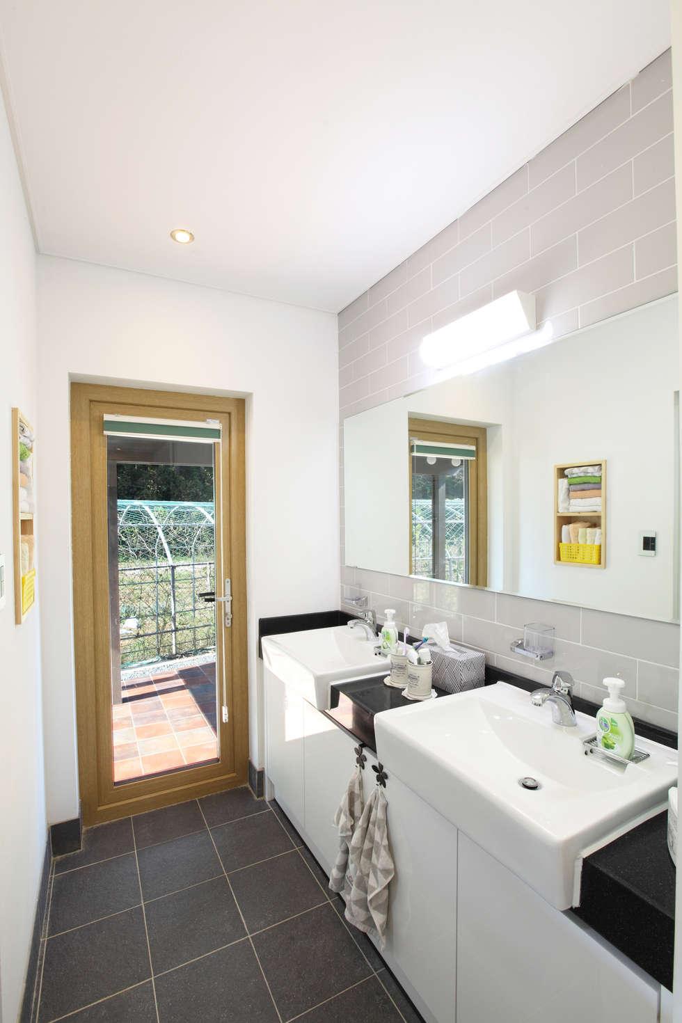 2인세면대: 주택설계전문 디자인그룹 홈스타일토토의  화장실