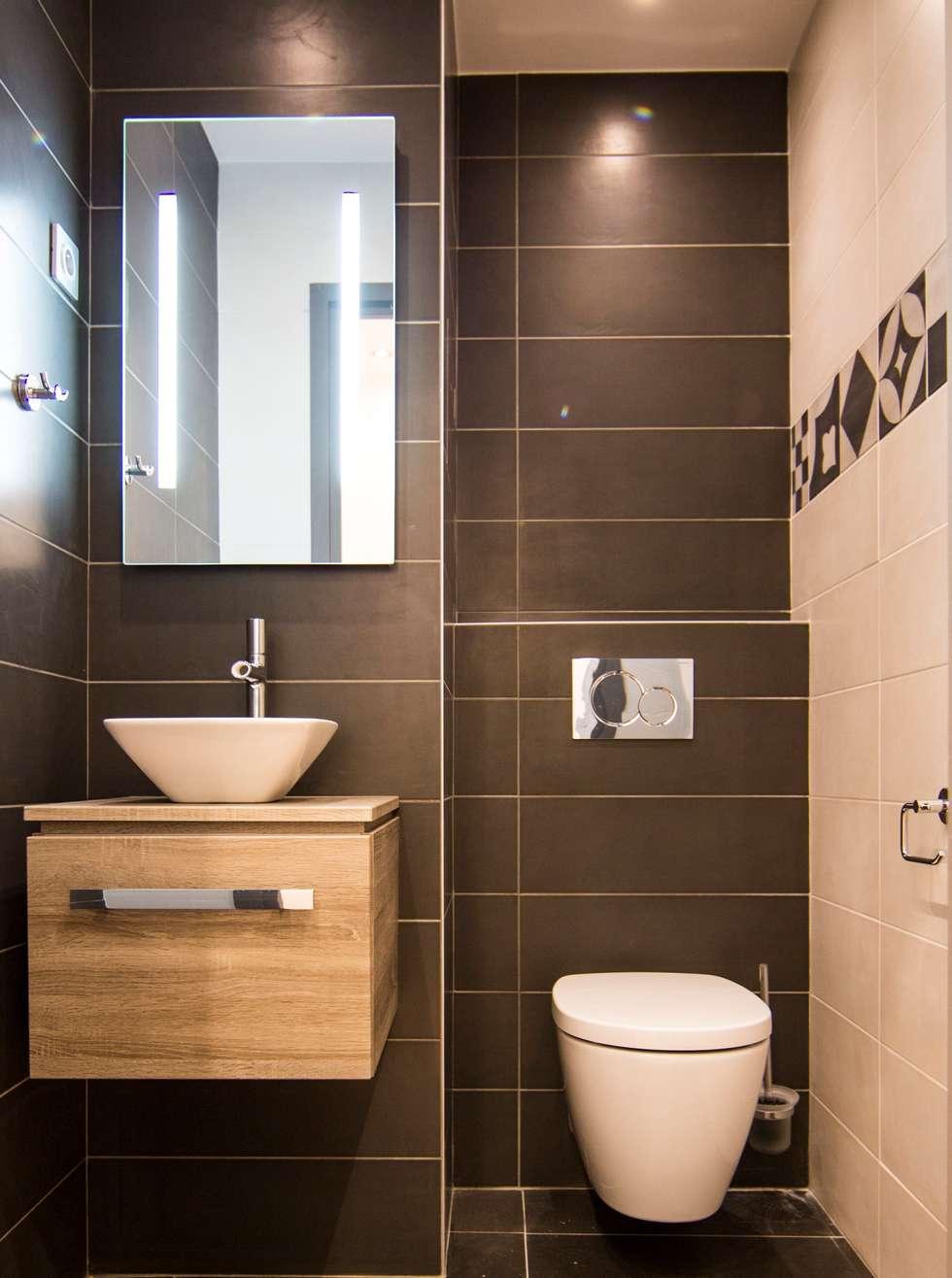 Toilette : WC suspendu: Salle de bains de style  par Anne Martins Design