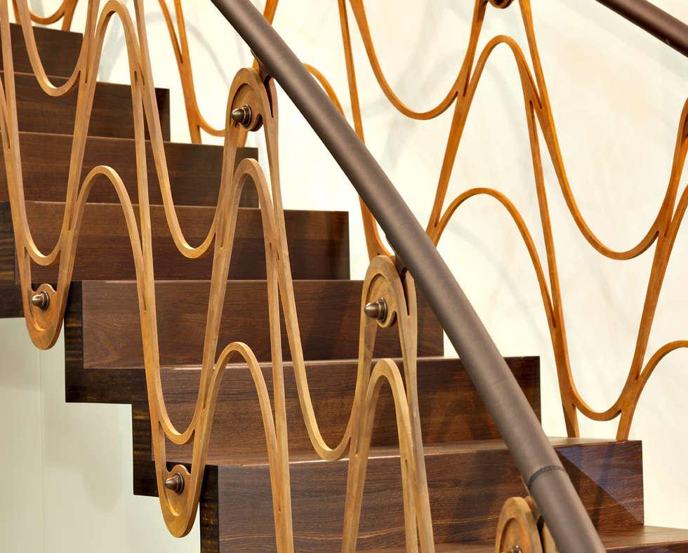 ST890 Schody nowoczesne dywanowe corten / ST890 Modern Floating Corten Steel Stairs: styl , w kategorii Korytarz, przedpokój zaprojektowany przez Trąbczyński