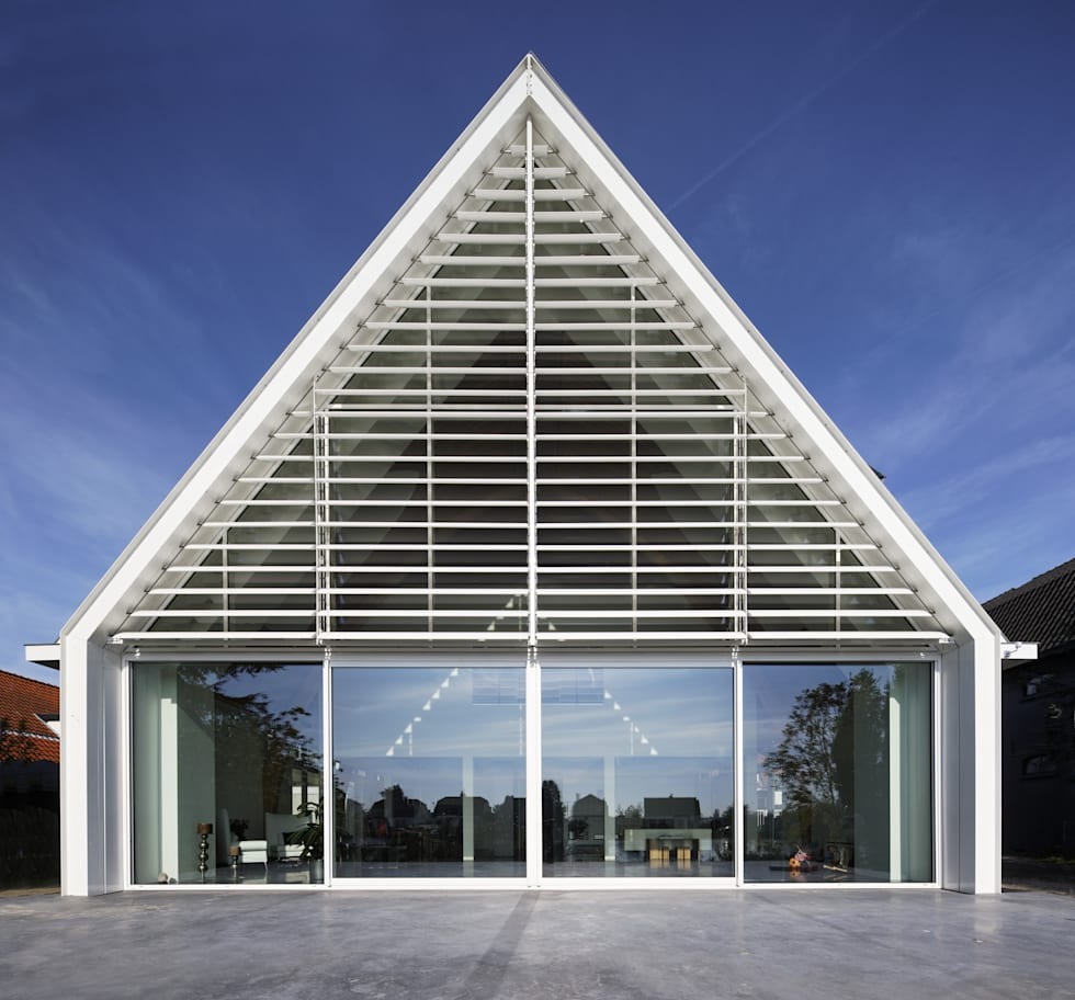 Achtergevel aan de Rotte: moderne Huizen door Ruud Visser Architecten