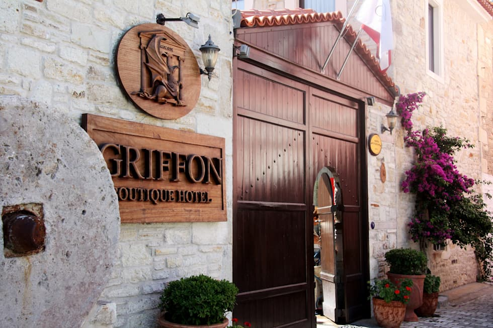 Griffon Boutique Hotel – Griffon Boutique Hotel Giriş:  tarz Pencere