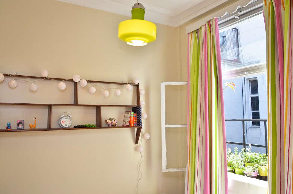 Dormitorios de estilo moderno de GUTMAN+LEHRER ARQUITECTAS