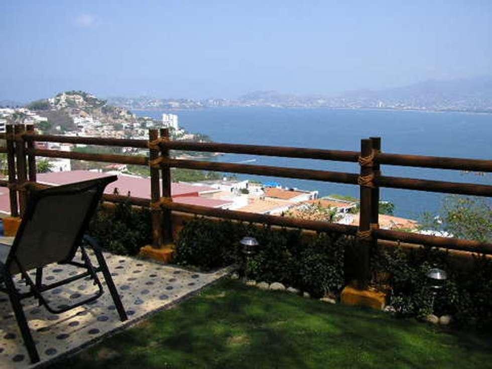 Jardin exterior: Terrazas de estilo  por ARQUELIGE