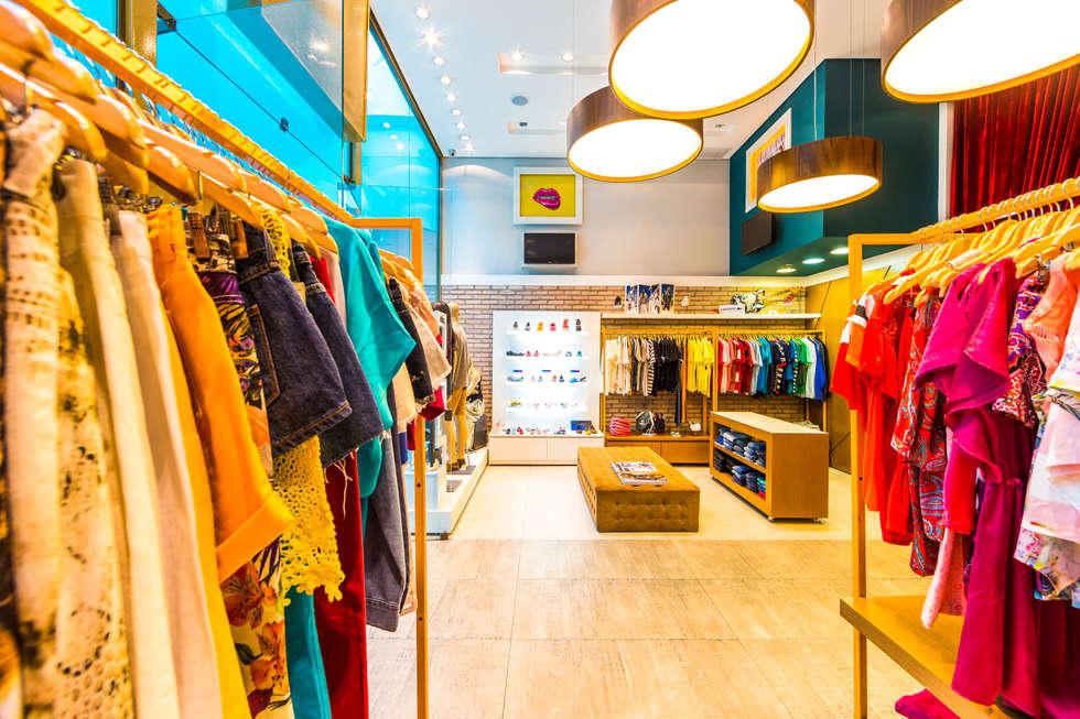 Interior da loja: Shopping Centers  por Enzo Sobocinski Arquitetura & Interiores