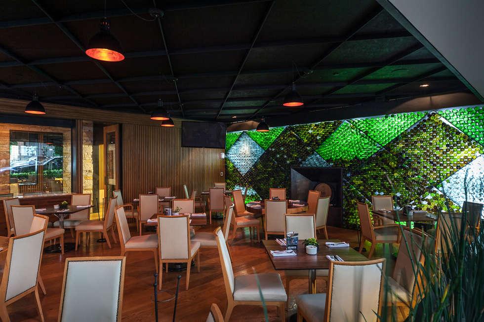 TERRAZA GURIA : Bares y discotecas de estilo  por TENTER Arquitectura y Diseño