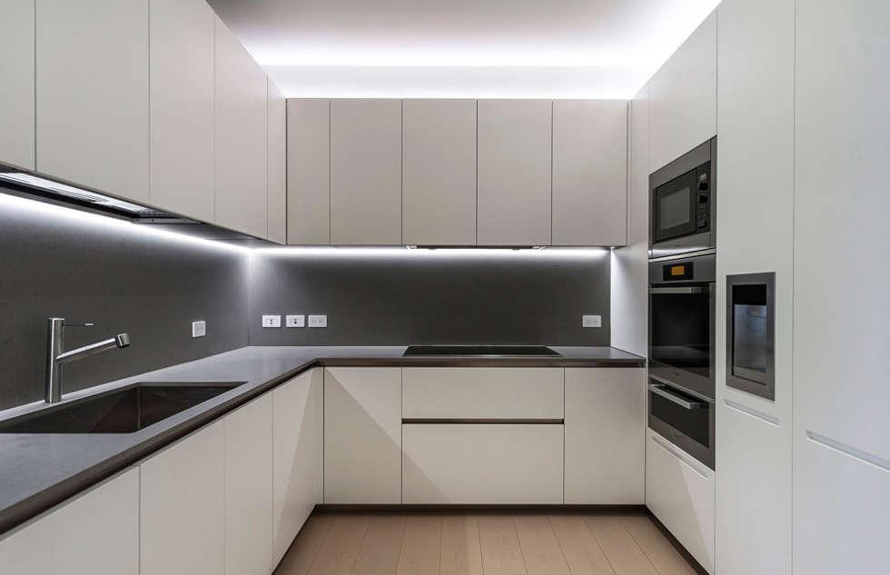 ST. REGIS 2301: Cocinas de estilo moderno por TENTER Arquitectura y Diseño