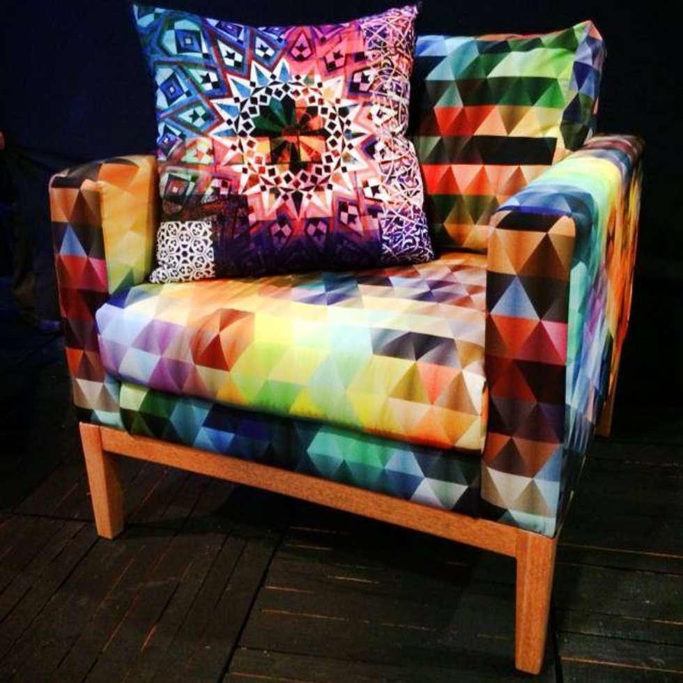 Sillon Multicolor: Estudios y oficinas de estilo moderno por 11:11 Arte Contemporaneo