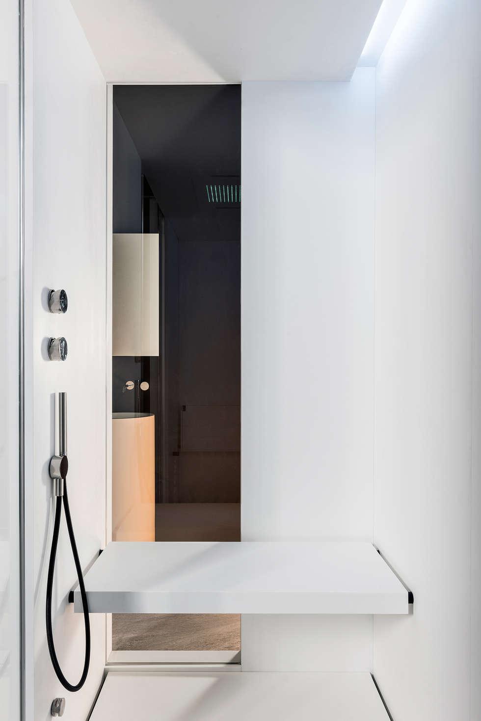 G_Hammam: Bagno in stile in stile Minimalista di Giulio Gianturco