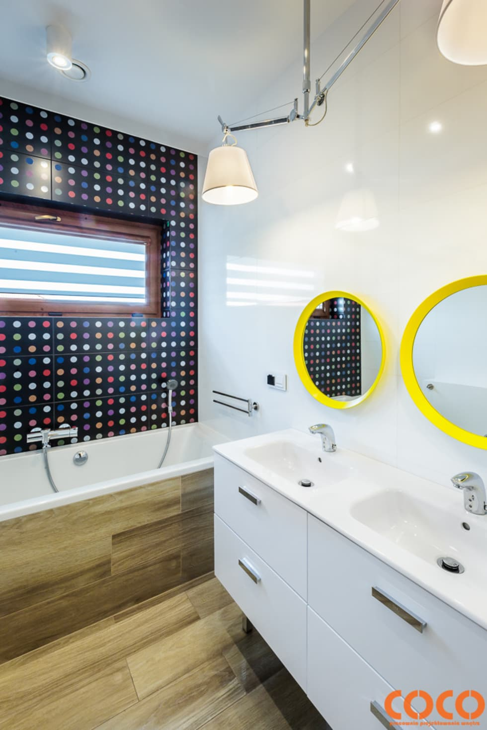 Dziecięca łazienka: styl , w kategorii Łazienka zaprojektowany przez COCO Pracownia projektowania wnętrz