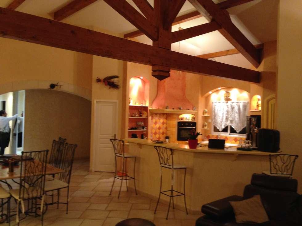 photo avant : Cuisine de style de style Moderne par COLOMBE MARCIANO