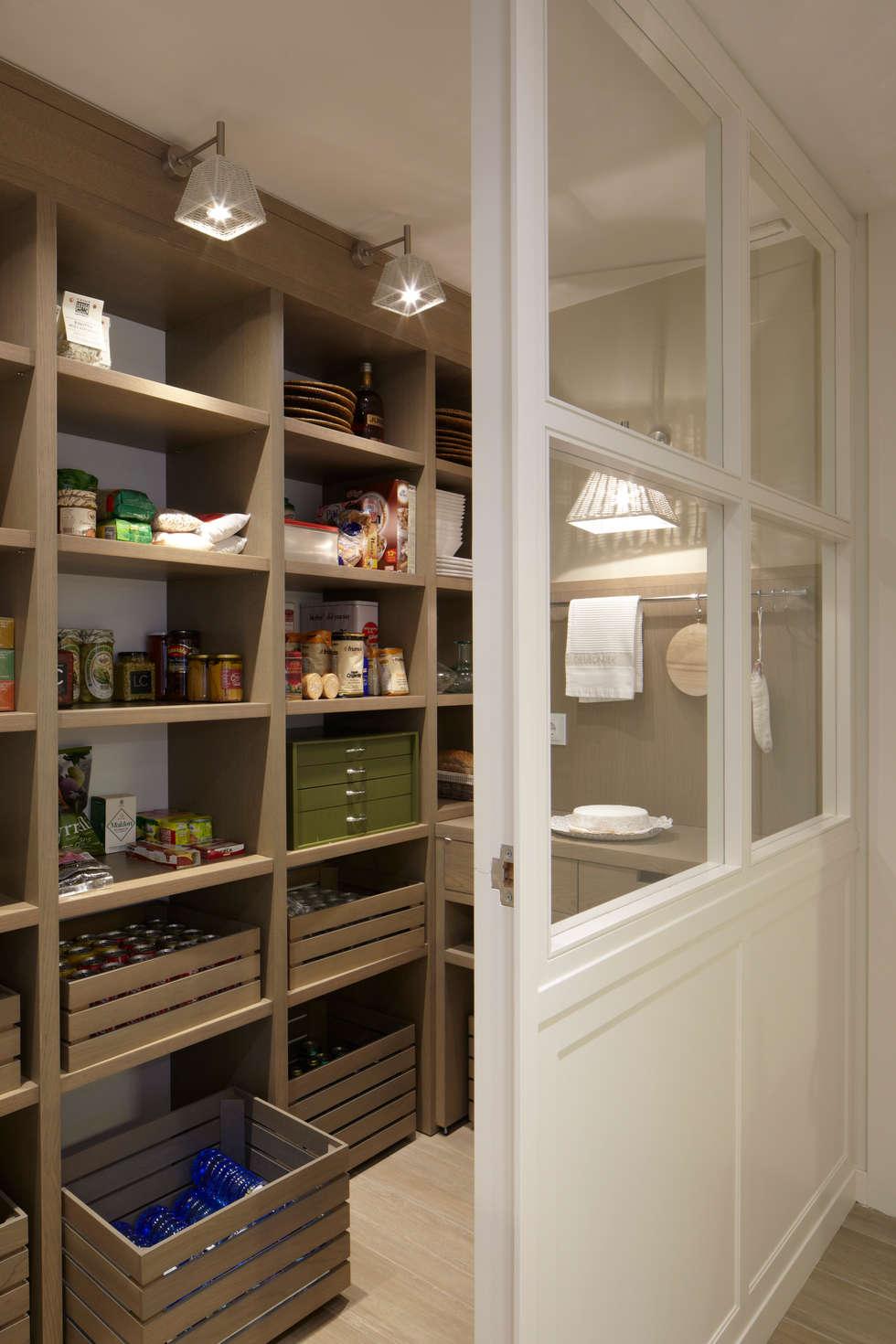 Fotos de decoraci n y dise o de interiores homify for Despensas de cocina a medida