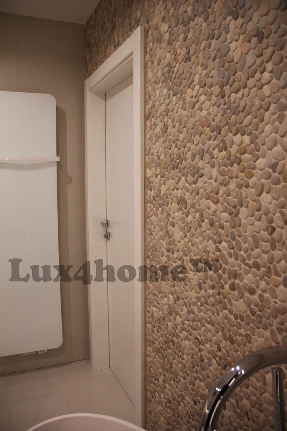 Otoczaki na ścianach. Łazienka z otoczaków. Beżowe otoczaki w łazience: styl , w kategorii Łazienka zaprojektowany przez Lux4home™
