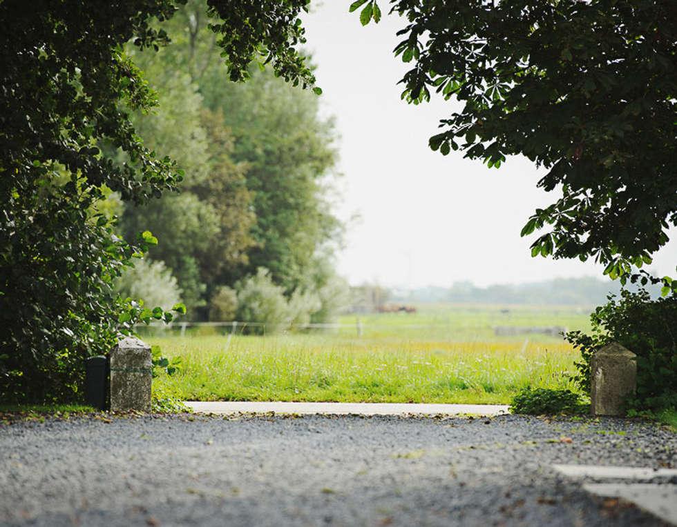 Uitzicht: landelijke Tuin door Boekel Tuinen