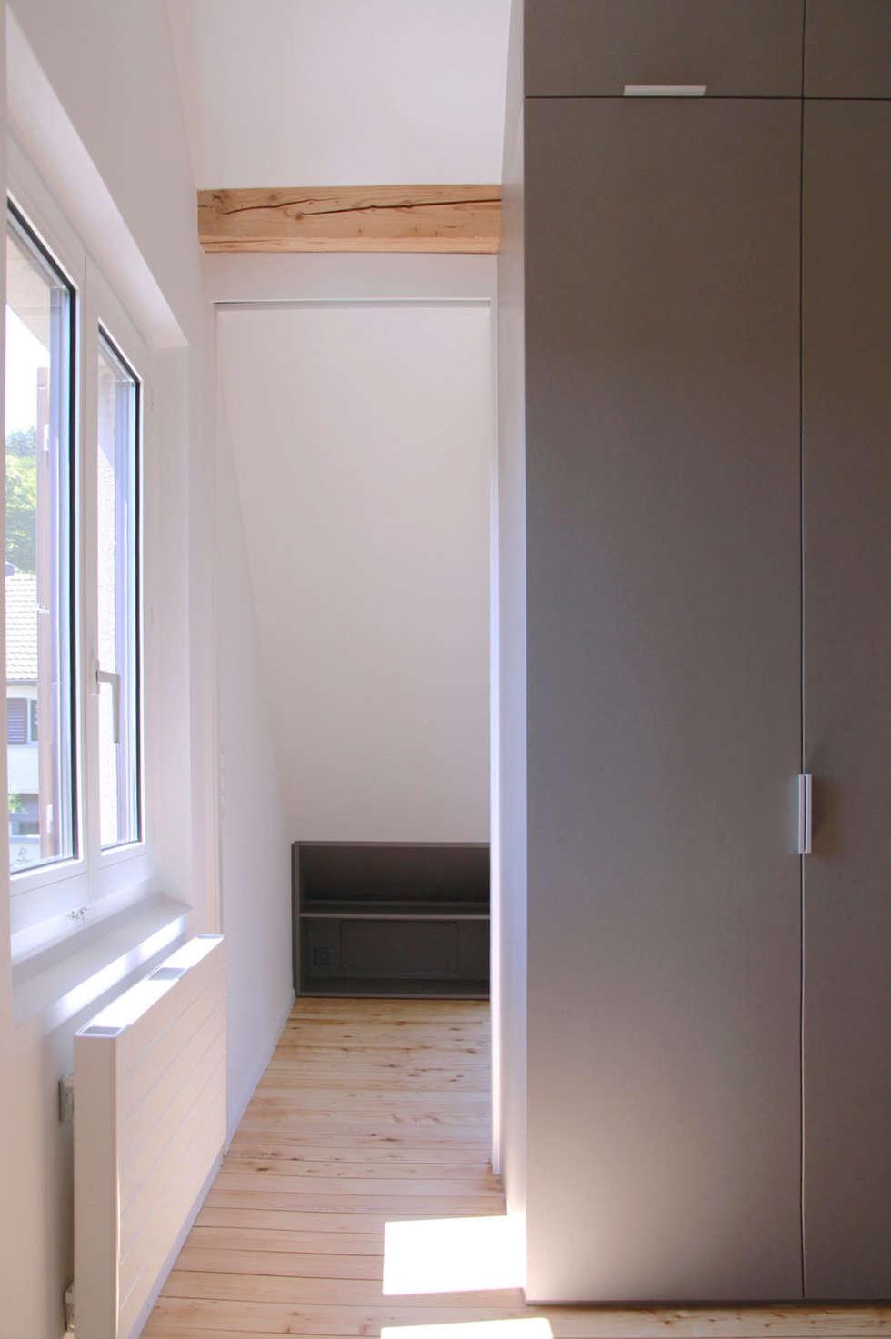 Ankleidezimmer dachgeschoss  Moderne Ankleidezimmer Bilder: Umbau Dachgeschoss mit Gauben | homify
