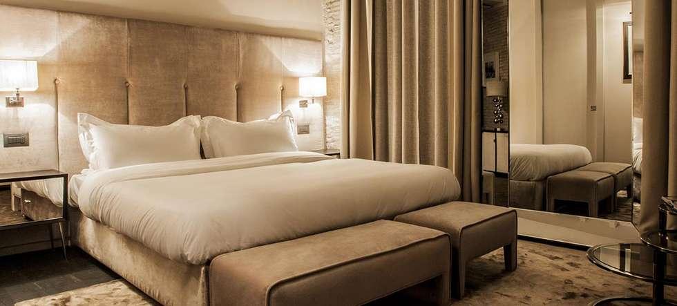 DOM HOTEL ROMA: Hotel in stile  di DEVOTO