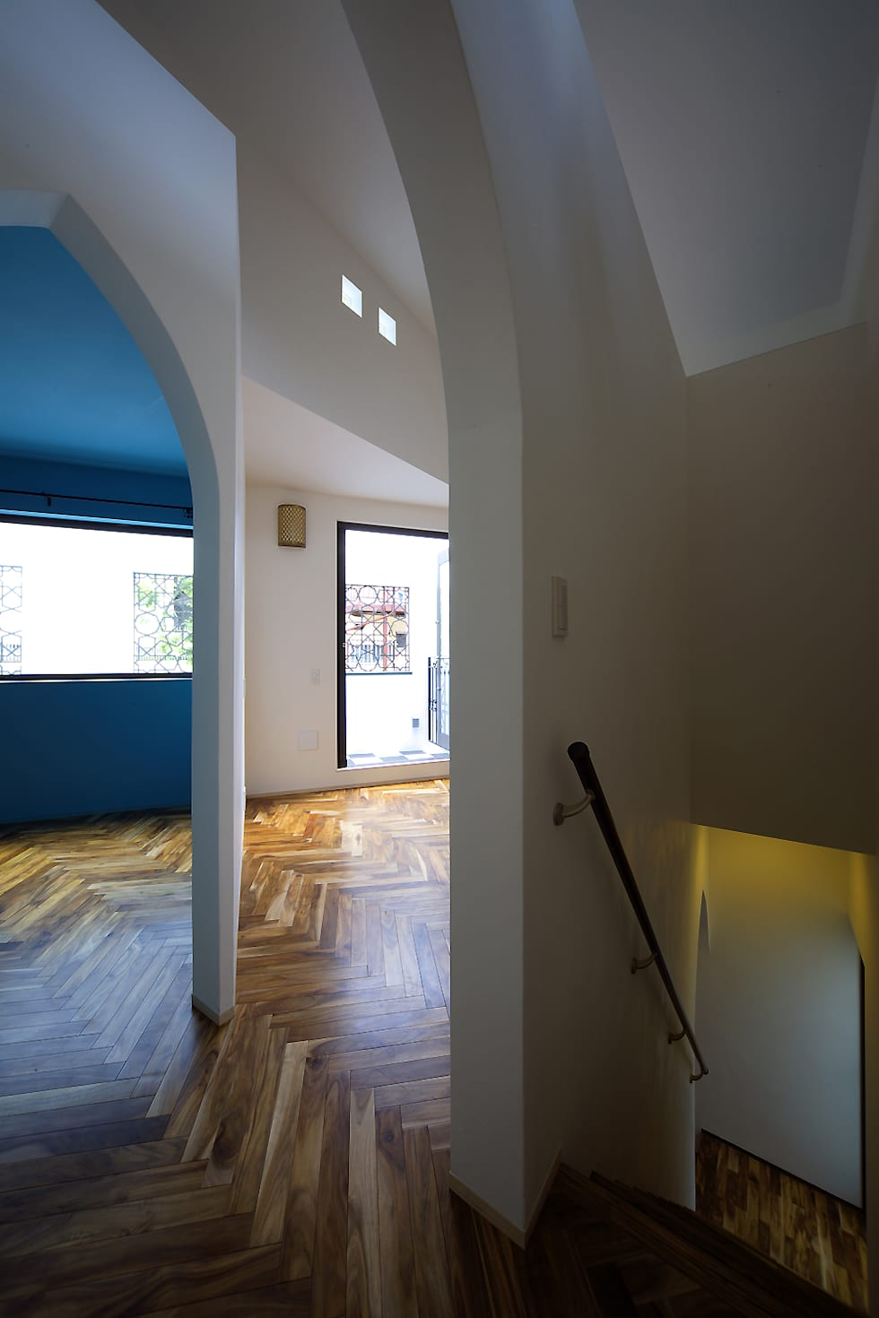 house in yokohama: 株式会社廣田悟建築設計事務所が手掛けたリビングです。