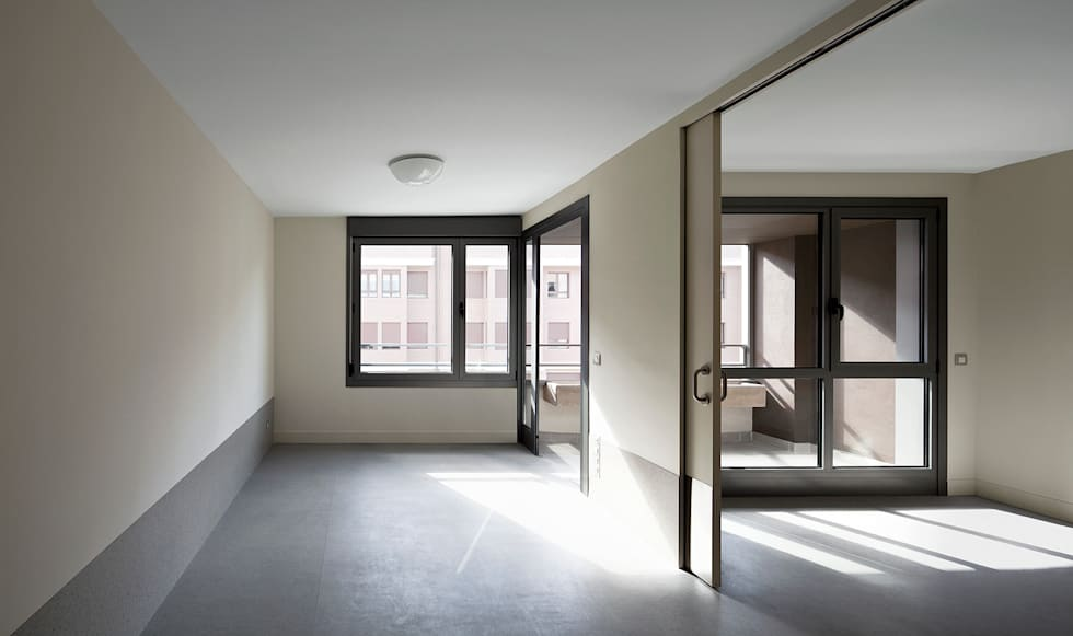 modern Bedroom by Ignacio Quemada Arquitectos