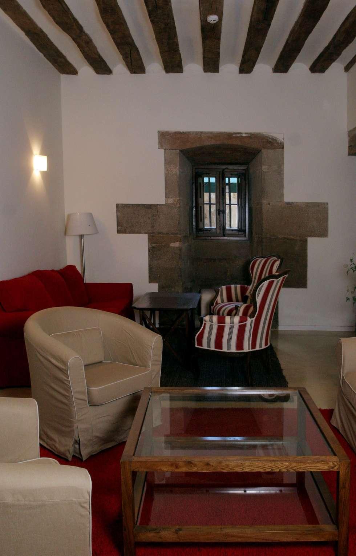 Salas de estilo clásico por Ignacio Quemada Arquitectos