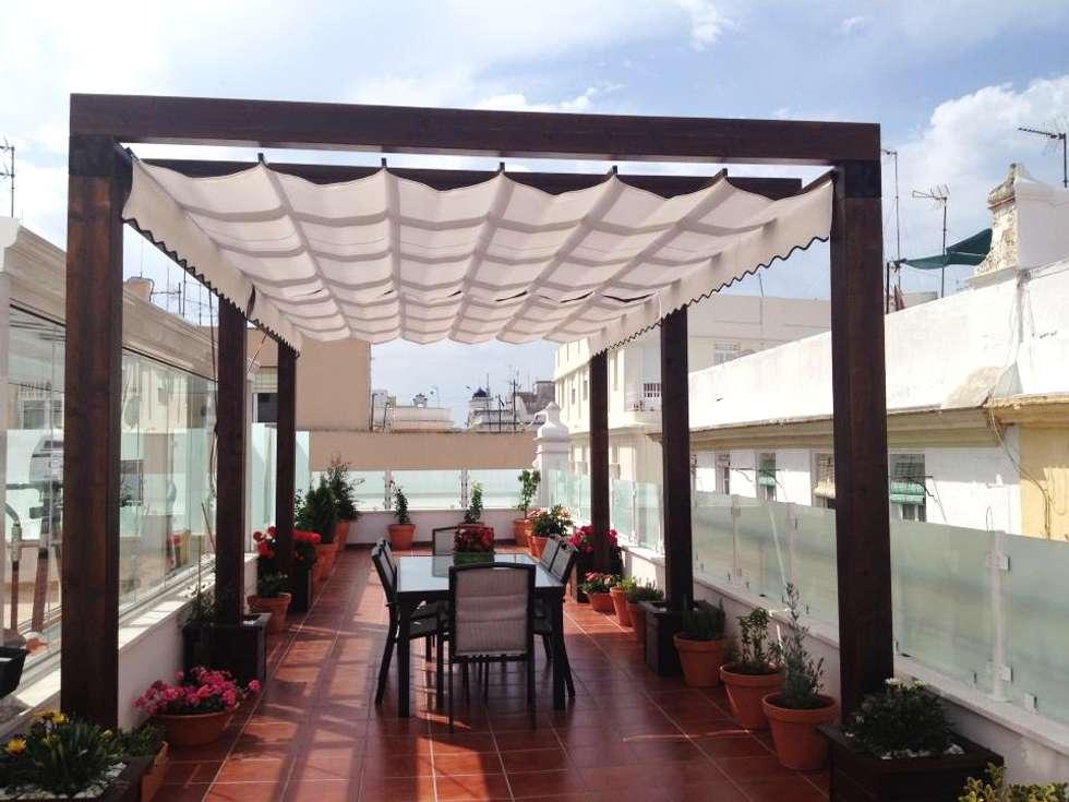 Fotos de decoraci n y dise o de interiores homify - Pergola en terraza ...