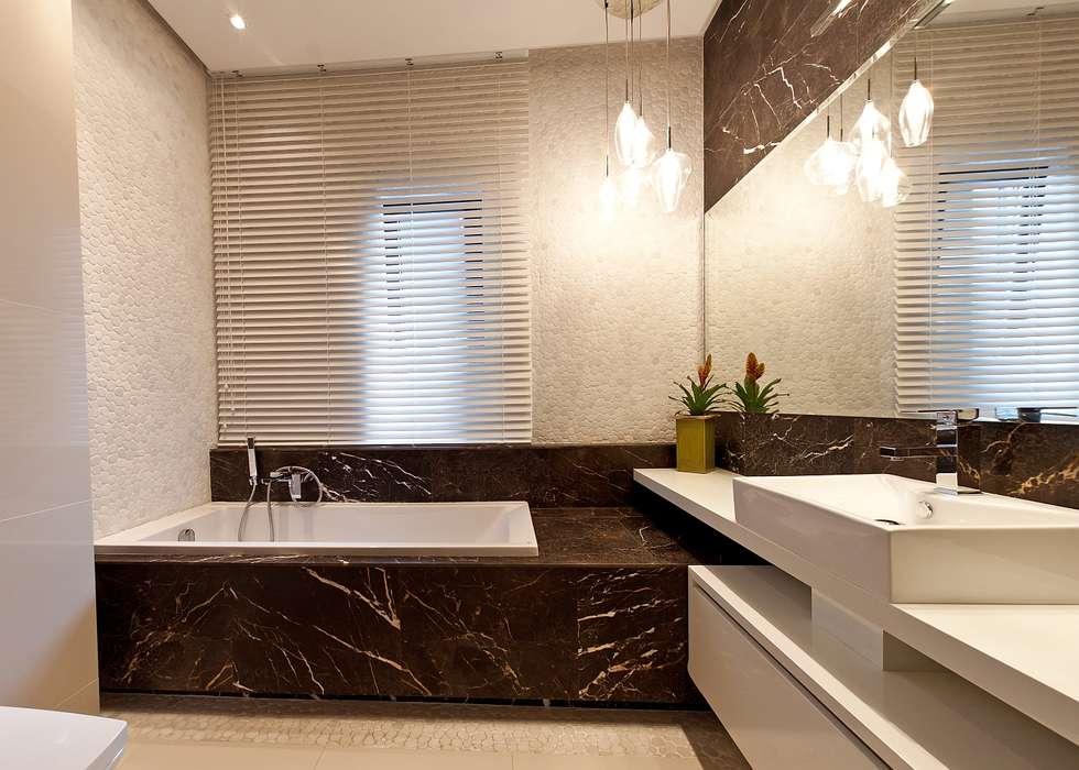 Baños de estilo moderno por Biuro Projektów MTM Styl - domywstylu.pl