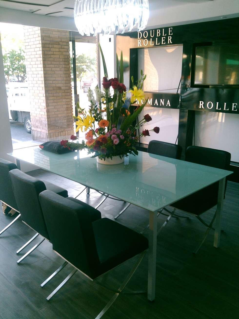 Diamond Creaciones: Salas de estilo minimalista por VIVAinteriores