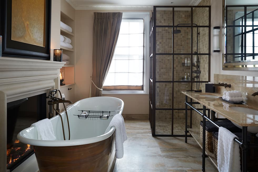 Fulham: modern Bathroom by Rebecca James Studio