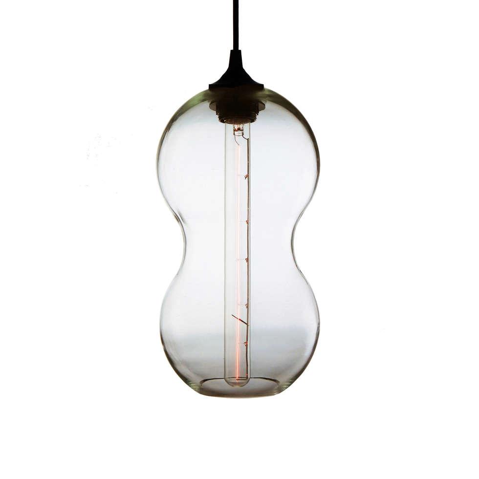 Cacahuate Transaprente  - fondo blanco: Estudios y oficinas de estilo moderno por Luminosa ™