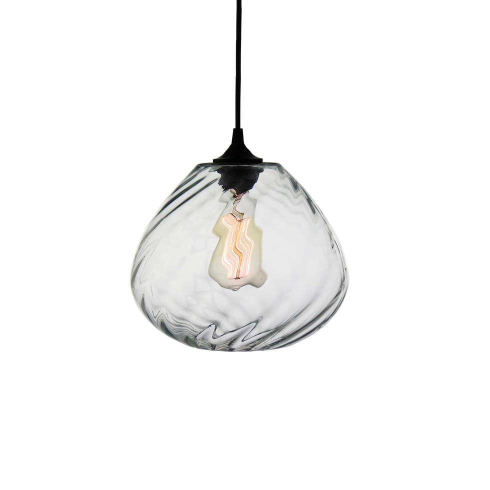 Twisters Transparente - fondo blanco: Cocinas de estilo moderno por Luminosa ™