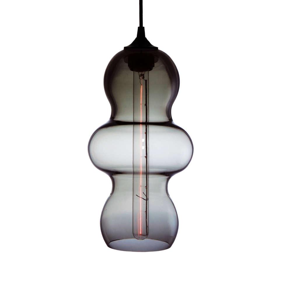 Tamarindo Gris - fondo blanco: Estudios y oficinas de estilo moderno por Luminosa ™