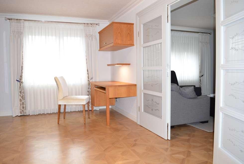 Wohnideen Lebedies moderne arbeitszimmer bilder arbeitsplatz im wohn und essbereich