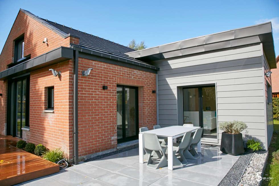 zoom sur l'extension cuisine: Maisons de style de style Minimaliste par Emilie Bigorne, architecte d'intérieur CFAI