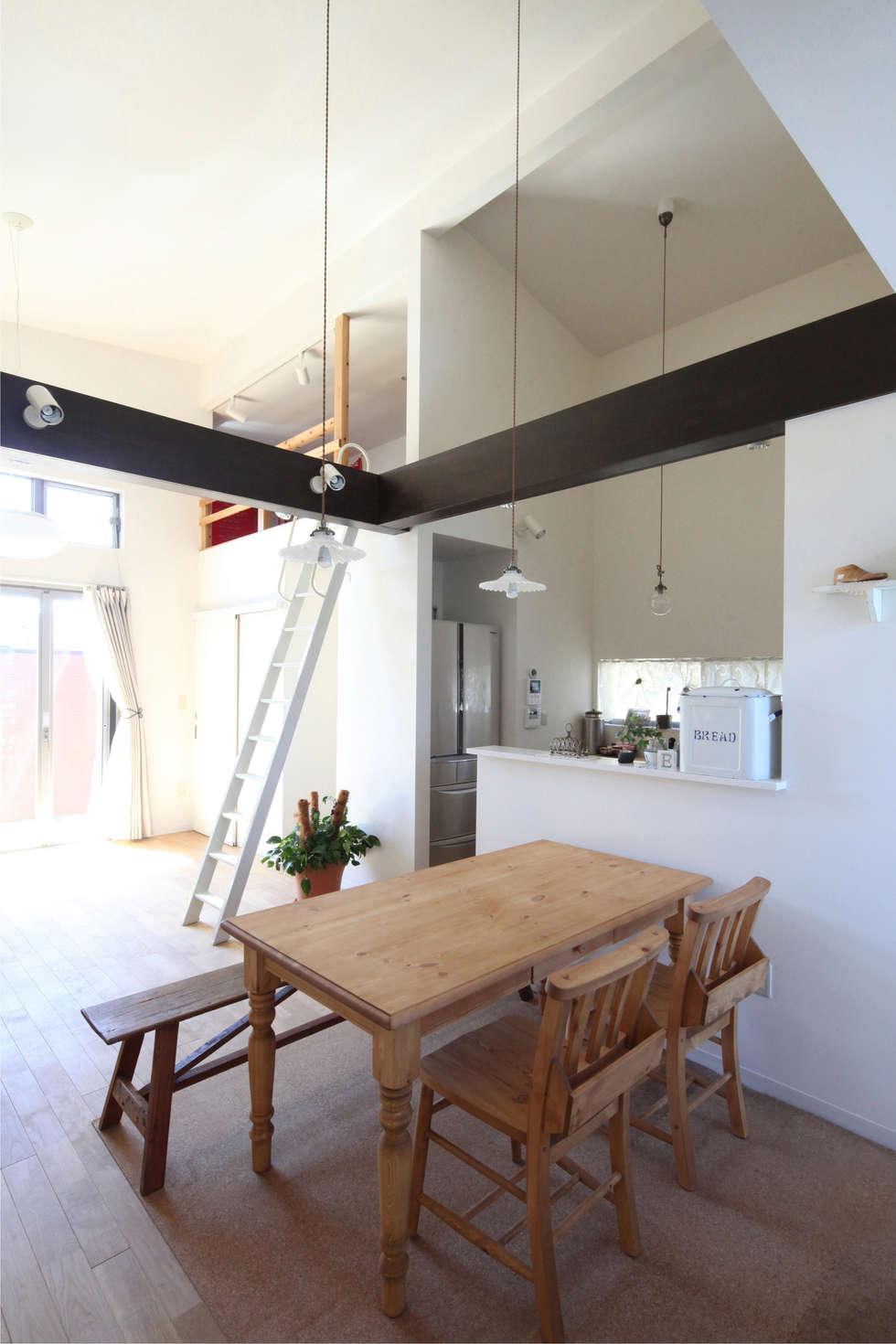 Ruang Makan by atelier m