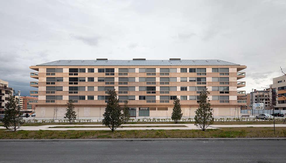 Maisons de style de style Moderne par Ignacio Quemada Arquitectos