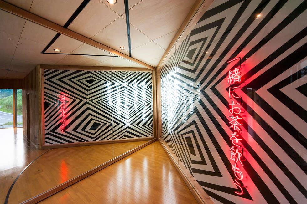オーストラリア・ハウス: 山本想太郎設計アトリエが手掛けた和室です。