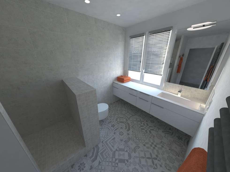Réaménagement d'une maison: Salle de bains de style  par La Fable