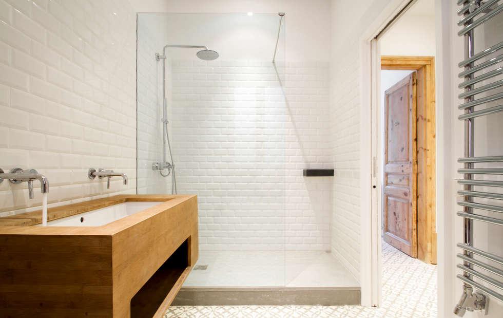 Idee n inspiratie foto 39 s van verbouwingen homify - Integrale badkamer ...