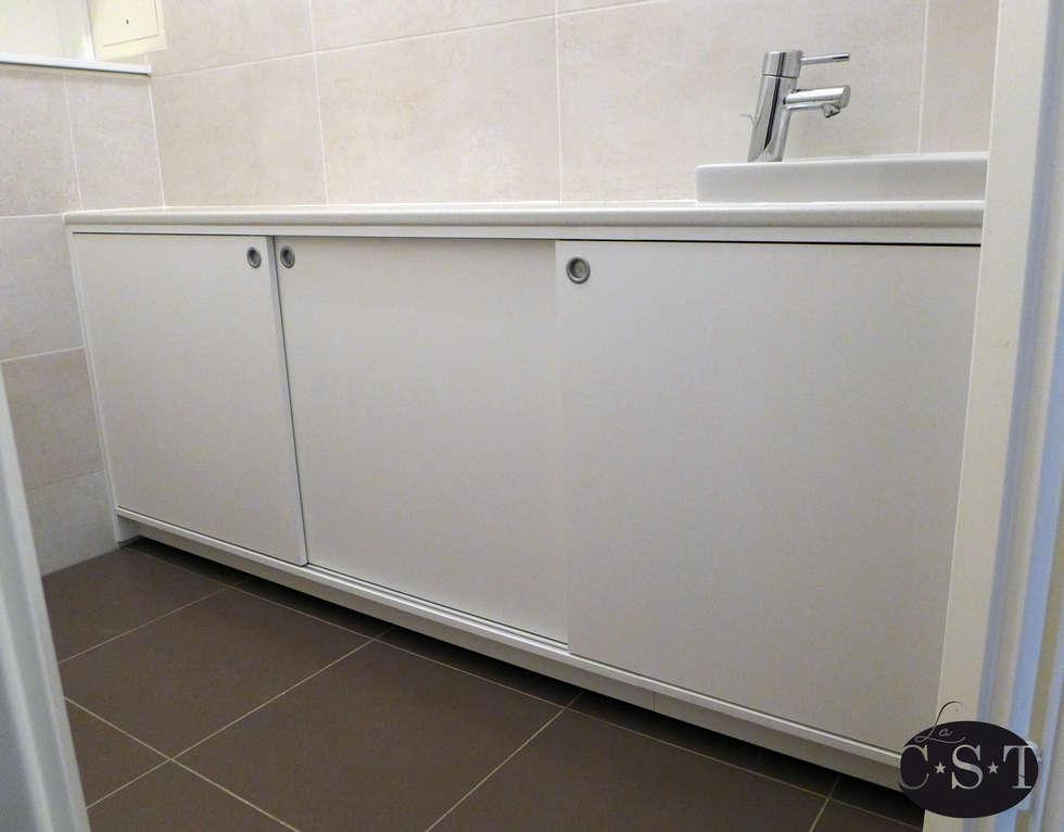 Salle d'eau aménagée (meuble sous lavabo): Salle de bains de style  par La C.S.T