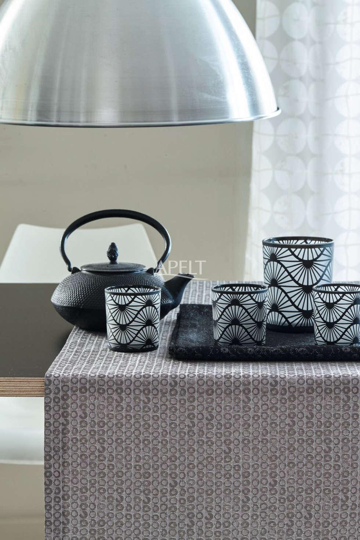 Wunderbar Tischläufer Im Modernen Loft Style: Moderne Wohnzimmer Von APELT STOFFE
