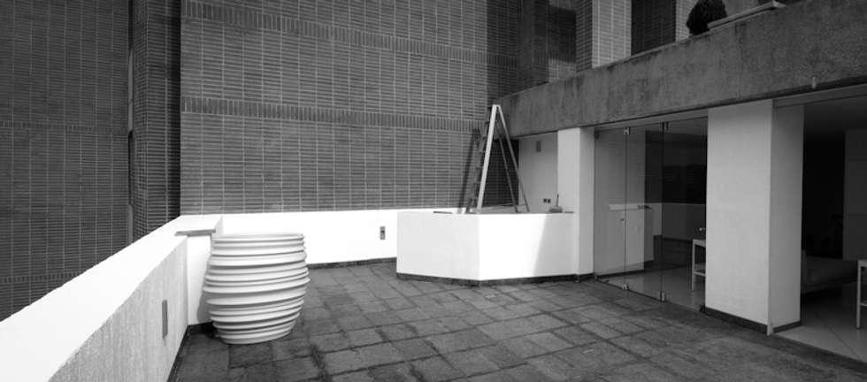 PH Castellana Real_ Situación Inicial: Terrazas de estilo  por VODO Arquitectos