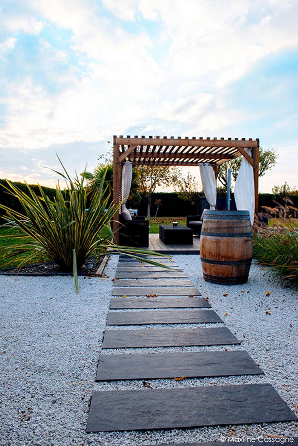 un jardin design chez soi jardin de style de style moderne par e p design emilie peyrille. Black Bedroom Furniture Sets. Home Design Ideas